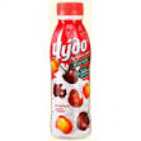 Йогурт питьевой Чудо с кусочками вишни-черешни